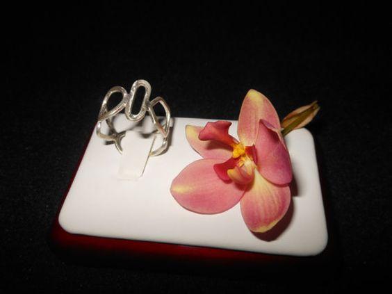 Anillo de Diseño Moderno en Plata Esterlina con Acabado Mate Moderno anillo…
