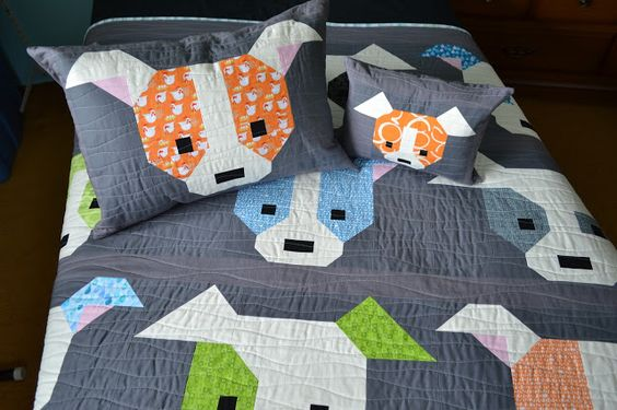 Puppy dog quilt and matching pillows!: