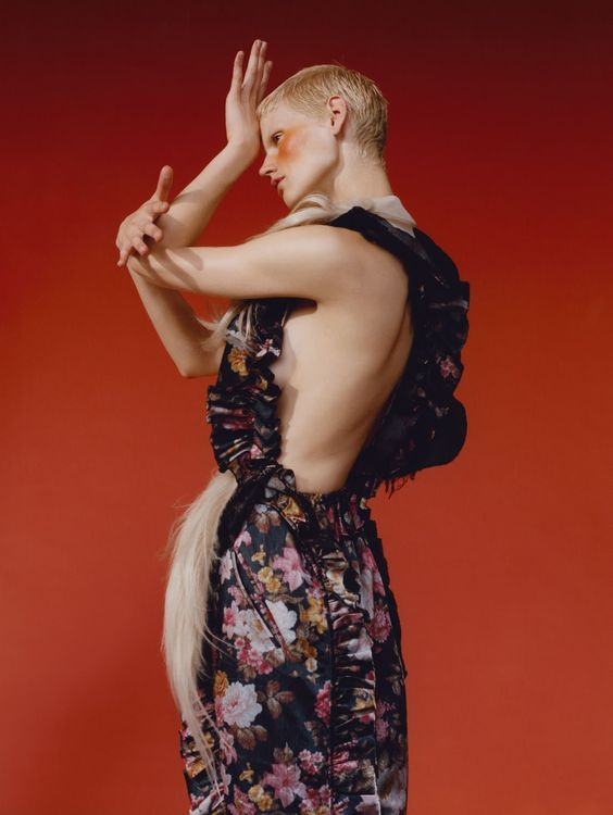 tumble town: saskia de brauw by harley weir for uk vogue november 2015 | visual optimism; fashion editorials, shows, campaigns & more!