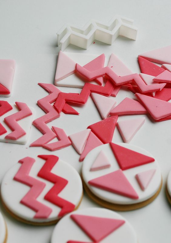 HOW TO MAKE GEOMETRIC TOPPERS FOR COOKIES