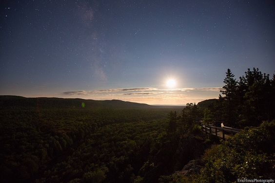 Porcupine Mountains Moonset