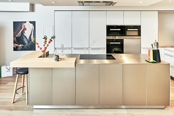 A stunning bulthaup b3 kitchen, designed and installed by hobsons - bulthaup küchen münchen