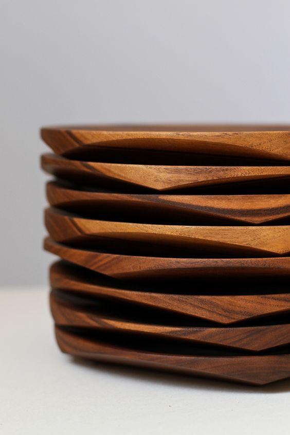 ido yoshimoto. wooden dinner plates