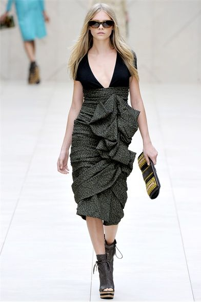 Burberry Prorsum.  Must find a dress like this!