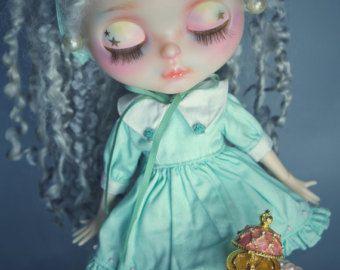 OOAK Custom Blythe Puppe von VictorianAntiques auf Etsy