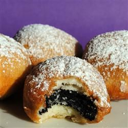 Deep Fried Oreos.....these are insanely delicious, had a friend make some for me once. Glad I found a recipe!!