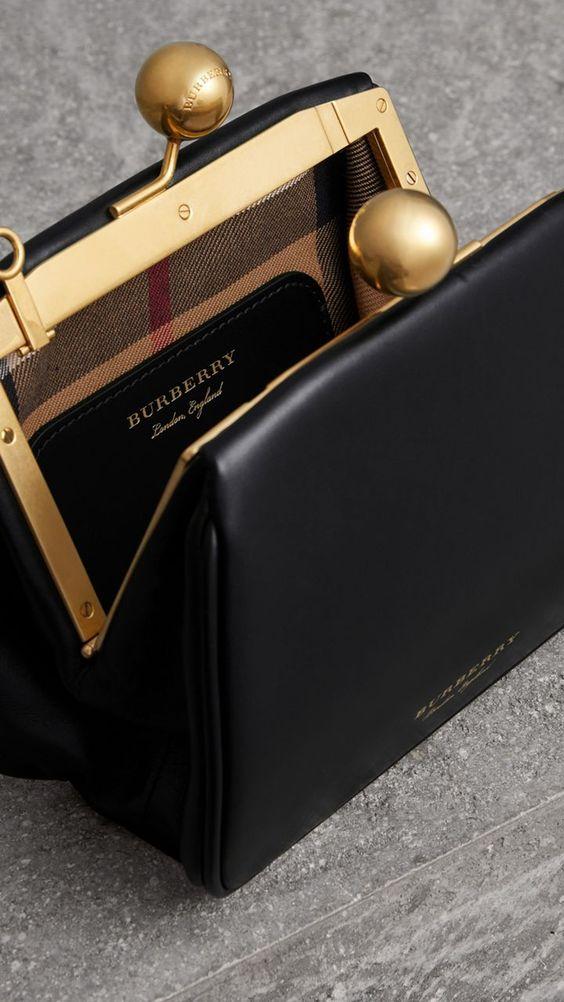 Petit sac porte-monnaie en cuir (Noir) - Femme | Burberry États-Unis