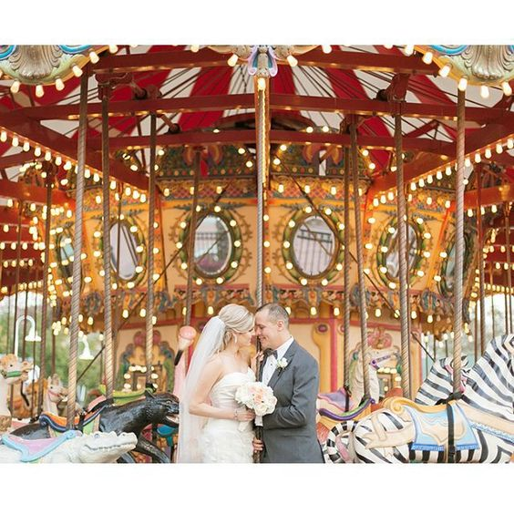 We imagine this couple is fond of carousels, and so are we! What a fun and beautiful photo opportunity this makes. Xoxo @weddingchicks #photography #wedding #carousel #love #carnival #instatakeover