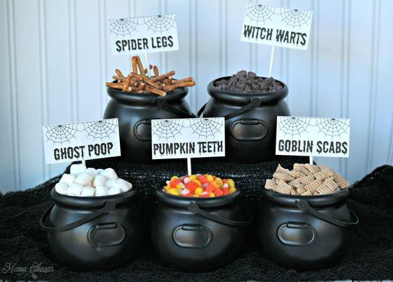 Creepy Crunch Halloween Snack Mix