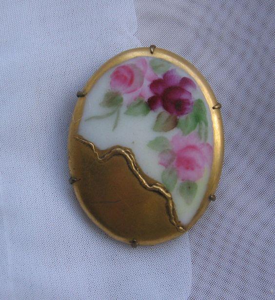 ANTIQUE HAND PAINTED PORCELAIN ENAMEL FLOWER Pink Rose BROOCH Gilt Vintage #handpainted