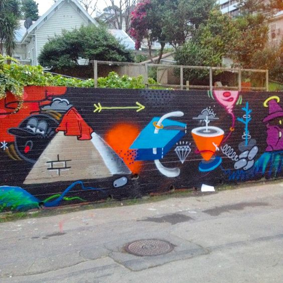 """Its just a wall"" collab day @judyrhum + @84th_chamber + @sean_duffell #streetart #graff #graffiti #wellington #judyrhum"