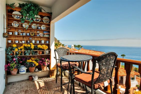 Quiet 1BR Avalon Townhouse Villa w/Wifi, Private Balcony & Unobstructed Ocean Views - Limo-Style Golf Cart, Pool/Spa & Private Beach Access Included! #travel #california