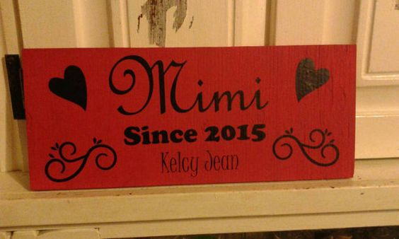 Check out this item in my Etsy shop https://www.etsy.com/listing/231937852/mimi-grandma-mama-sign-gifts-for-mom