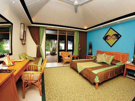 Chaaya Reef  Ellaidhoo Resort, Maldives by Glob Metropoliten Tours - from $121 per person/night HB - dnevni polupansion po osobi u dvokrevetnoj sobi   Source: http://www.maldivesbuzz.com/