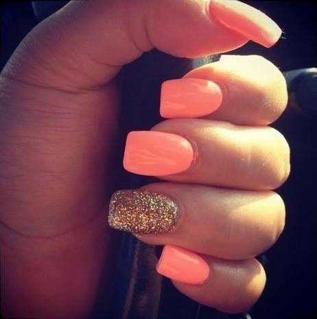 LOVE the pale peach and gold glitter nail polish <3
