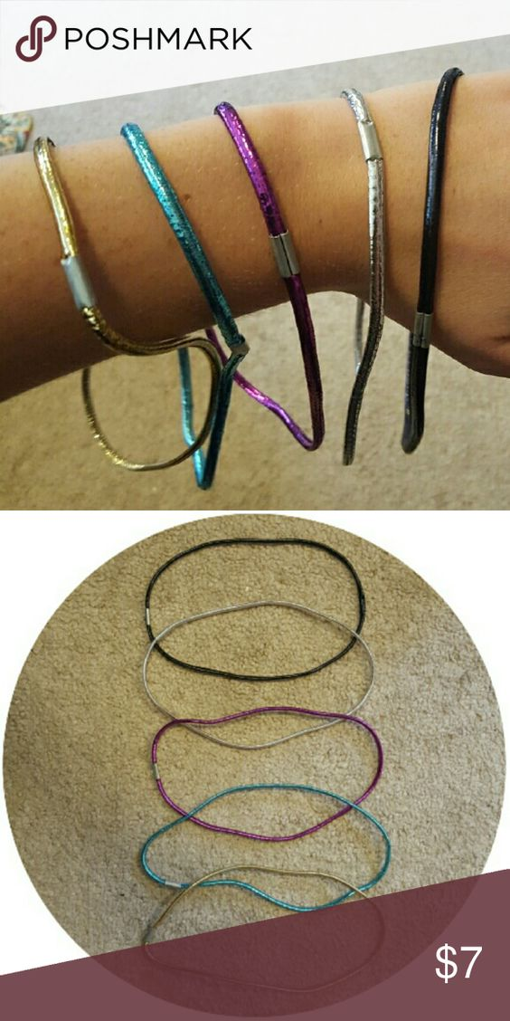 Shiny headbands Set of 5 elastic headbands. These are great for adding some subtle flair to your hair! Barely worn Accessories Hair Accessories