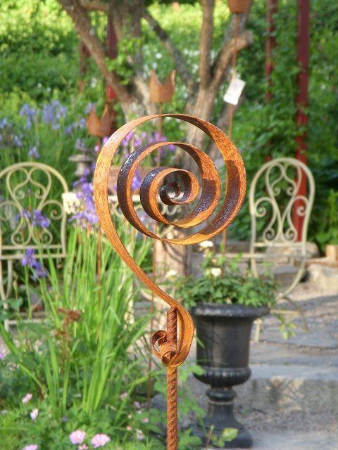 Blomstod Virvla Rusty Garden Gardensculptures Gartenstecker Hof Kunst Gartendeko Metall
