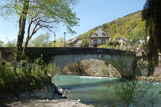 Pont de Saint-Pé-de-Bigorre