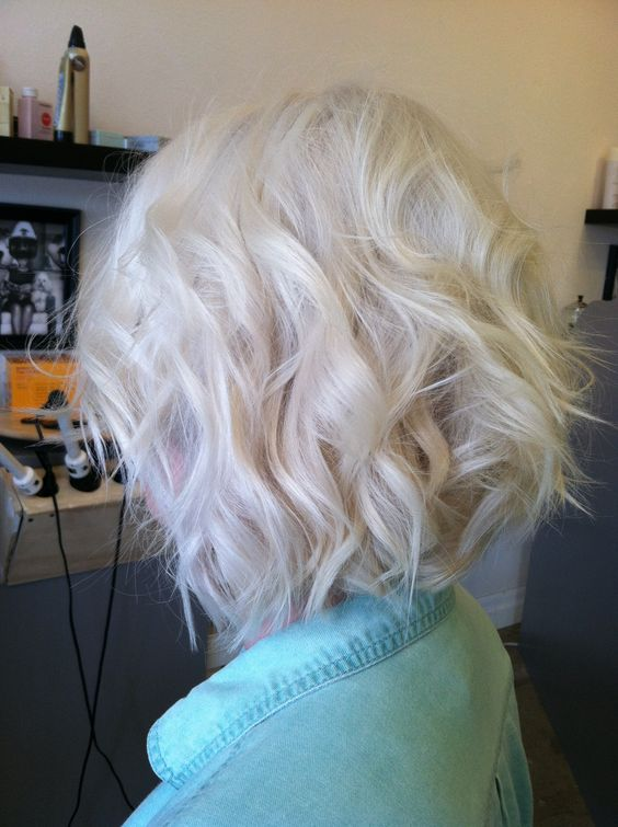 Platinum blonde bombshell By: Nicolette Redinger @ Poppy an Eco-Friendly Salon and Spa. Pullman WA http://www.salonpoppy.com