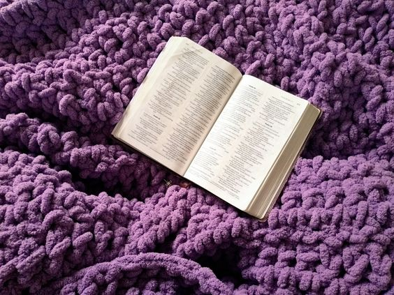 Giant Crochet Lap Blanket - EllieKayCrochet