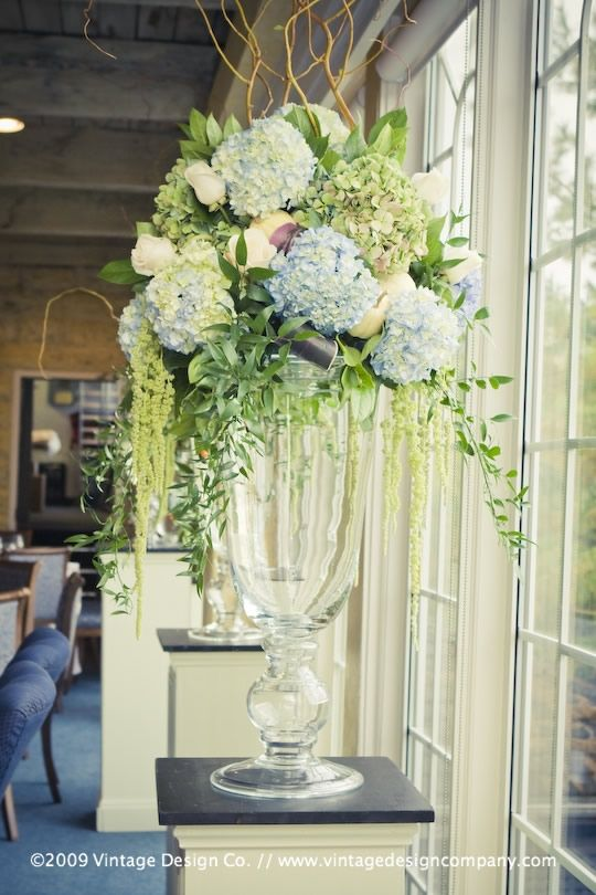 Blue reception wedding flowers decor