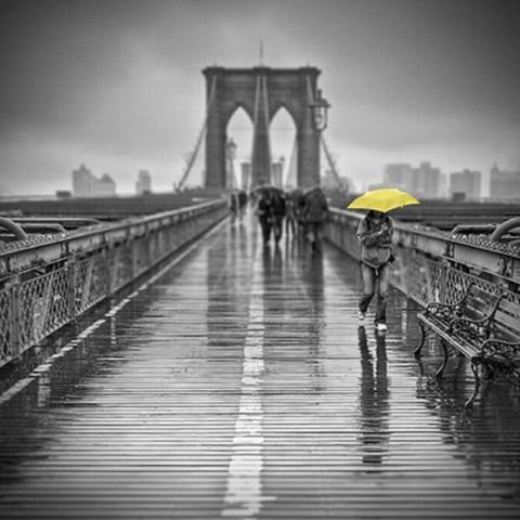 regen op de brooklyn bridge...