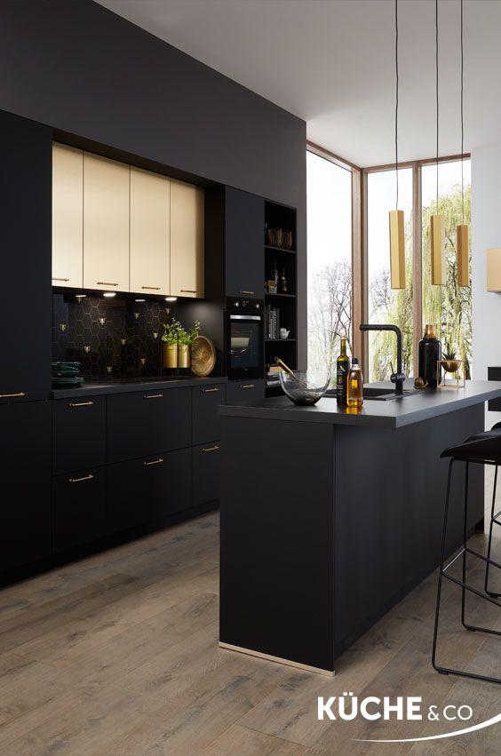 Offene Wohnkuche Design Kuche In Schwarz Matt In 2020 Kuchen Design Wohnkuche Wohnung Kuche