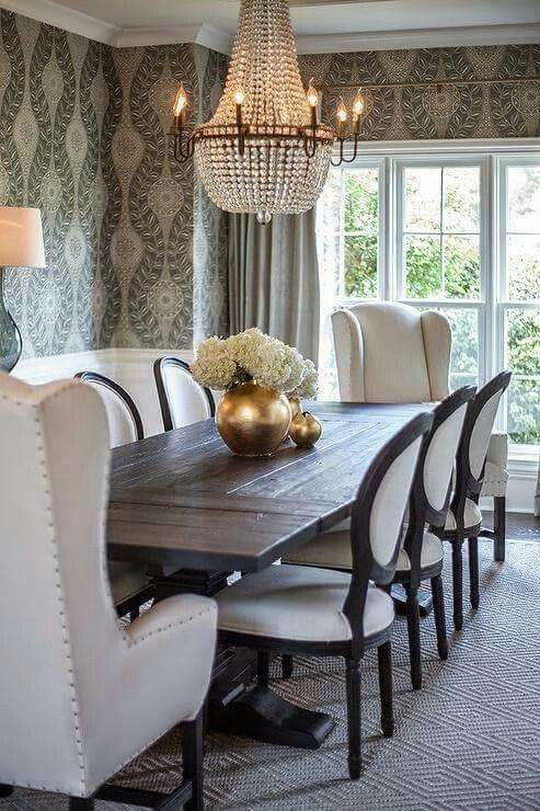 Contrasting King Queen Dining Chairs Round Back Dining Chairs Dining Room Inspiration Dining Room Design
