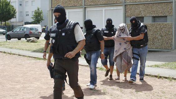 Yassin Salhi licencié pour faute grave - http://boulevard69.com/yassin-salhi-licencie-pour-faute-grave/?Boulevard69