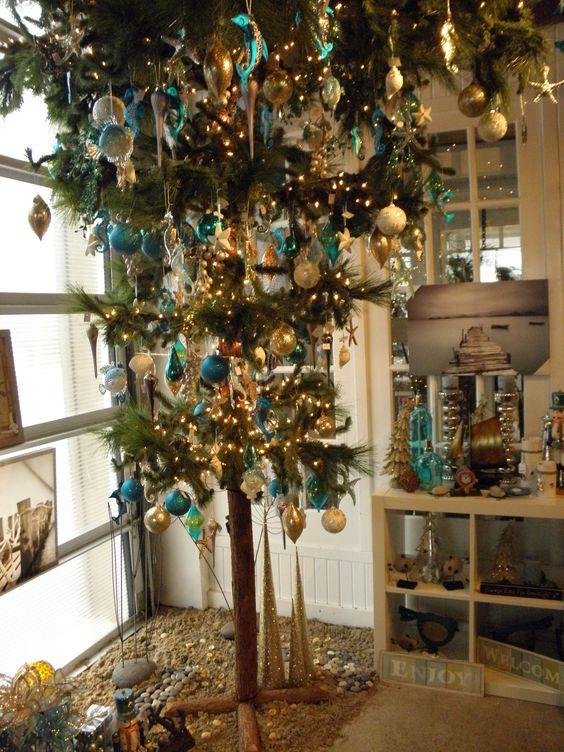 Upside down christmas tree christmas ideas pinterest - Why upside down christmas tree ...