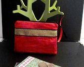 Aller simple pour Bombay Vol n°245 - Pochette Tissu Rouge et Galon Indien Noir et Doré, Zip Noir : Porte-monnaie, portefeuilles par une-embellie
