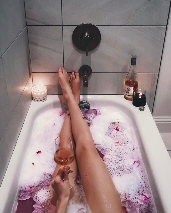 Beauty   Bath   Pink bath   Wine   Rose   Relaxing   Skin care   Lighting candles   Candle   Romantic   Legs   Inspiration   More on Fashionchick