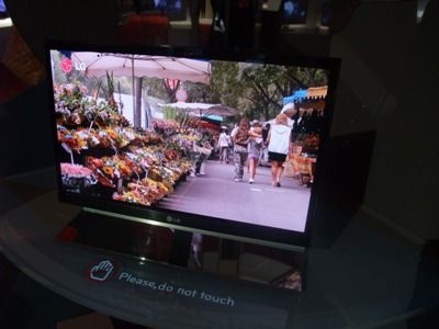 LG hints at 40-inch OLED launch   OLED TVs are set to get bigger and better, with the announcement that LG is to make a 40-inch OLED panel for commercial use by 2012. Buying advice from the leading technology site