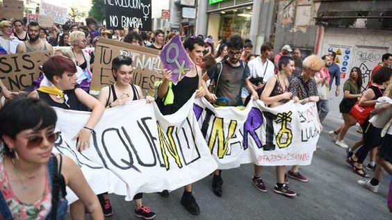 Bloque de personas no binarias en la manifestación del Orgullo Crítico en Madrid (junio, 2019) Álvaro Minguito