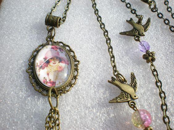 """collier bronze sautoir """"femme romantique"""" sur une longue chaîne couleur bronze…"""