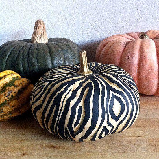 DIY woodgrain pumpkin idea