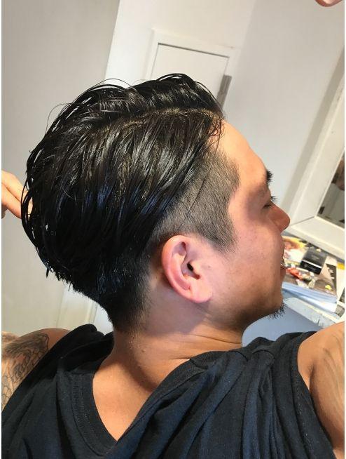 大人メンズ刈り上げツーブロックオールバックスタイル L004311812 リビングユー Livingu You のヘアカタログ ホットペッパービューティー バーバー スタイル 髪型 ヘアカット ヘアスタイル