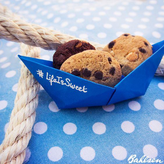 Eine kleine Bootstour mit unseren #MiniCookies // Small boad trip with our #Cookies #LifeIsSweet #Bahlsen