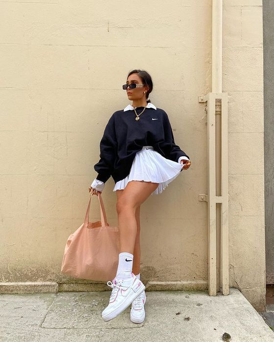 Sweater Nike Vintage Pullover Oversized Sweater Sweat Shirt Winter Outfits In 2020 Fashion Inspo Outfits Cute Casual Outfits Tennis Skirt Outfit