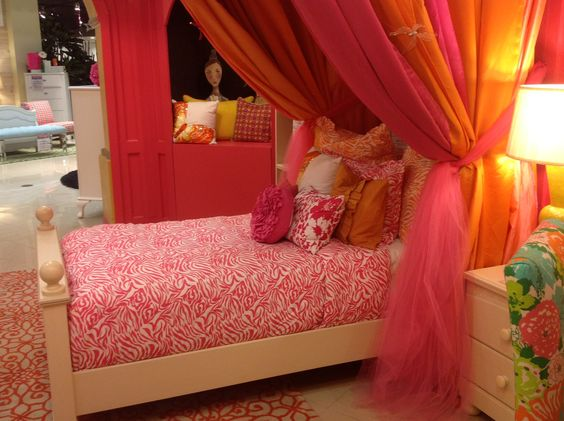 A beautiful room for any little princess! #bedding #girl_room | Houston TX | Gallery Furniture |