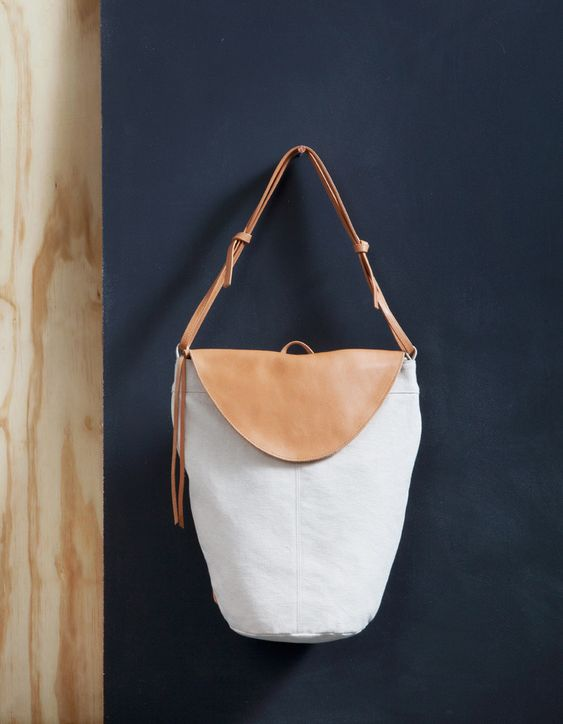 bag by moving mountains