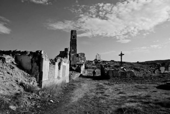 Pueblo viejo de Belchite 8d16328d6eb3bfc63a583856a97420ae