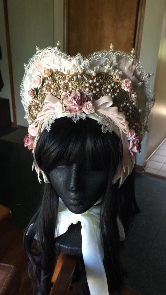 A Fistful of Yen: Thoughts of a Millinery Collector: Spotlight on VooDoooDolly