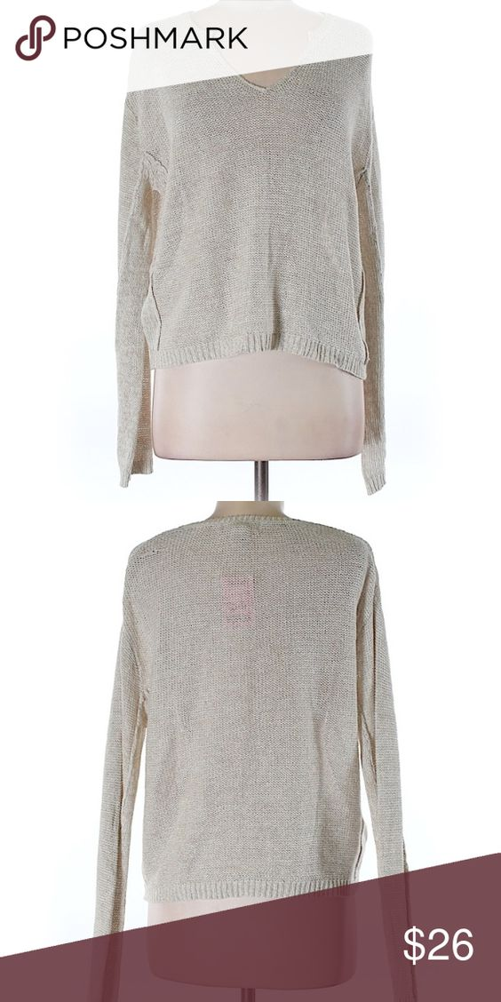 ✨nwot✨KENAR SWEATER Oatmeal, loose knit, lightweight sweater with small v-neck. NWOT, never worn Kenar Sweaters Crew & Scoop Necks