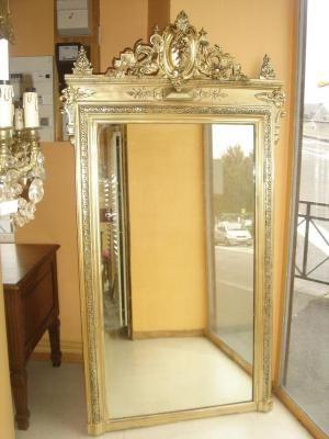 Grand miroir dor d 39 poque 19 me de style louis16 en bois for Grand miroir encadrement bois
