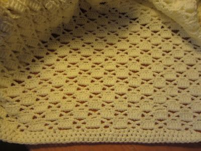 Lacy Crochet: Lacy Chessboard Baby Blanket | Croqueted baby blankets ...
