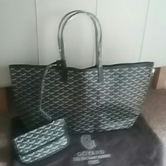 Today only tote Gm size brand new! I'm black. Price firm! Bags Totes