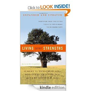 Living your Strenghts: Discover Your God-Given Talents and Inspire Your Community