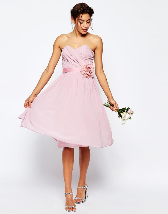ASOS WEDDING – Bandeau-Midikleid aus Chiffon mit abnehmbarem Blumengürtel