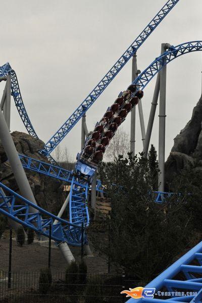 16 34 photo du roller coaster blue fire situ europa Roller adresse